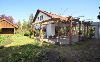 Öhringen-Verrenberg: Idyllischer Wohntraum in bester und ruhiger Lage