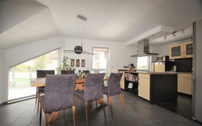 Lehrensteinsfeld: traumhafte 4,5- Zimmer Maisonette-Wohnung